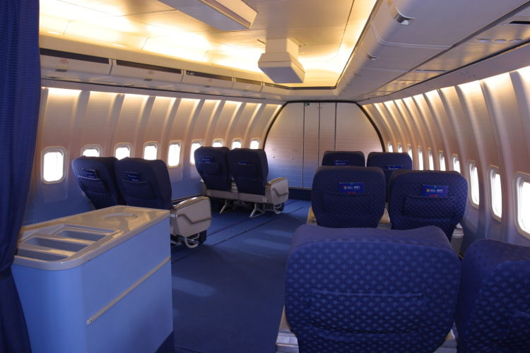 B747_ZS-SAN_Interior_of_Lebombo_from_Blaauw_brothers_6a